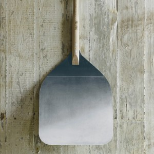 The DeliVita Pizza Peel Shovel