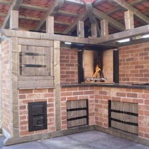 Outdoor BBQ Brick Kitchen Area