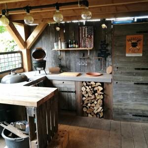 Rustic Outdoor BBQ Kitchen...